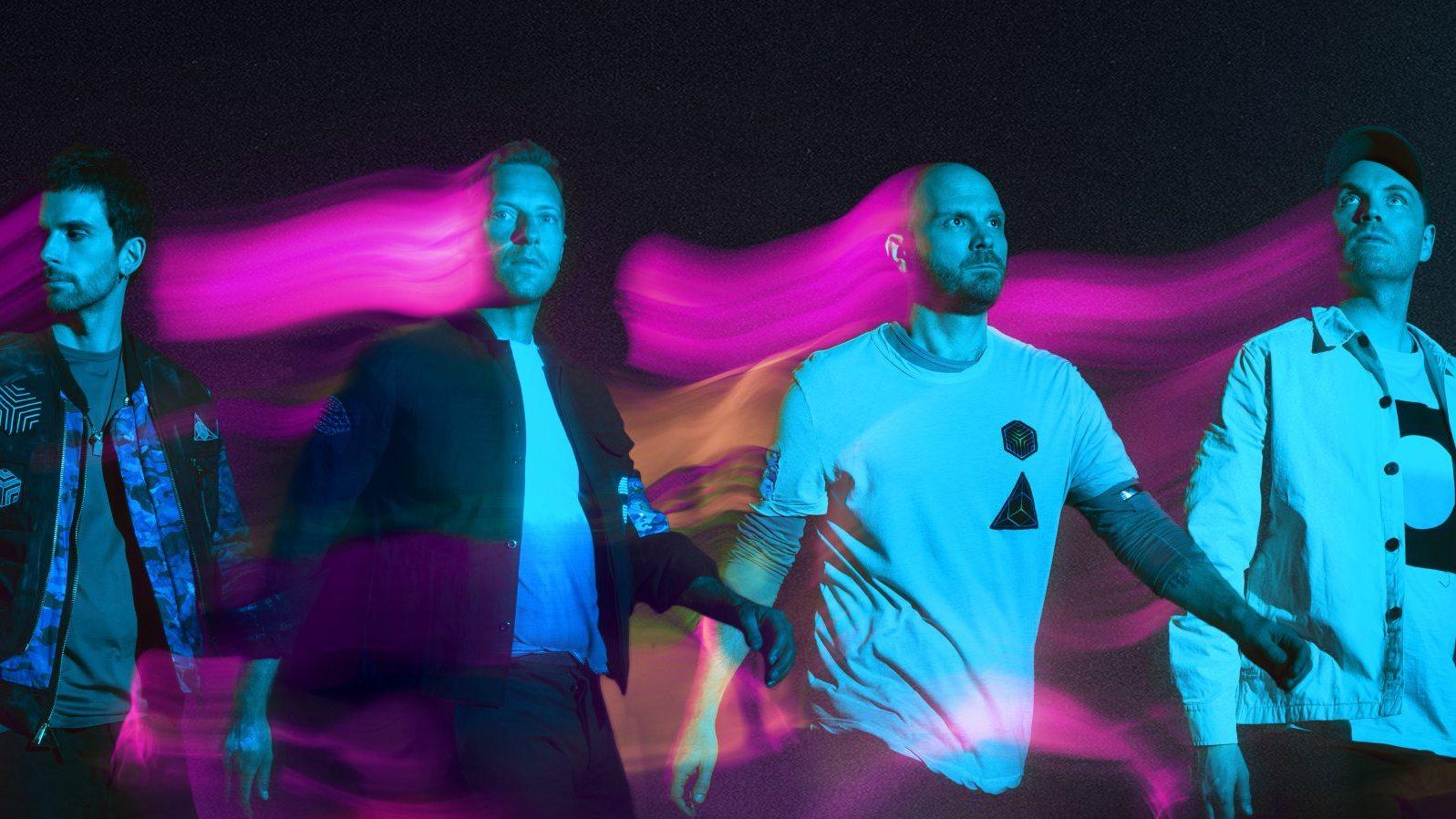 Собаки-роботы и танцующие инопланетяне в клипе на песню Coldplay — Higher Power