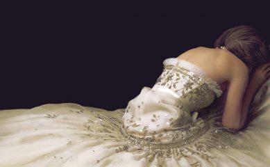 Кристен Стюарт терпит королевскую семью в трейлере фильма «Спенсер: Тайна принцессы Дианы»